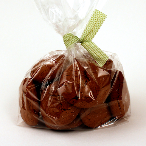 Cookies in a cellophane bag with a DIY washi-tape twist Tie