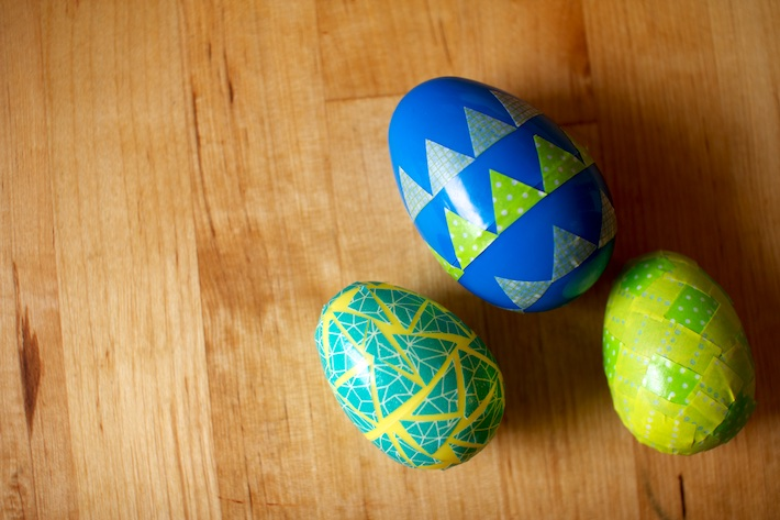 DIY washi tape Easter eggs | CorinnaWraps.wordpress.com